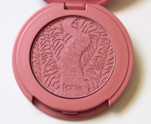 Tarte Amazonian Clay 12-hour blush in Adventurous