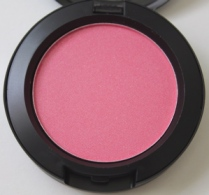 Be A Bombshell Blush in Sweet Cheeks