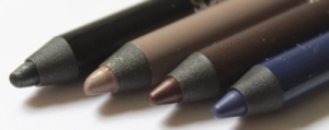 (L-R) 001 Black, 004 Taupe, 003 Brown, and 006 Deep Blue