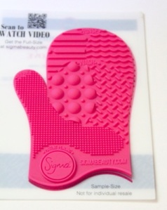 Sigma Spa Glove Mini