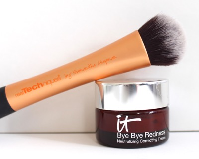 It Cosmetics Bye Bye Redness and Real Techniques Expert Face Brush