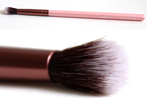 Luxie Beauty Tapered Blending Eye Brush 205